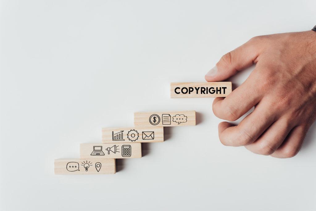 Licencje nazdjęcia. Naco zwrócić uwagę kupując zdjęcia.