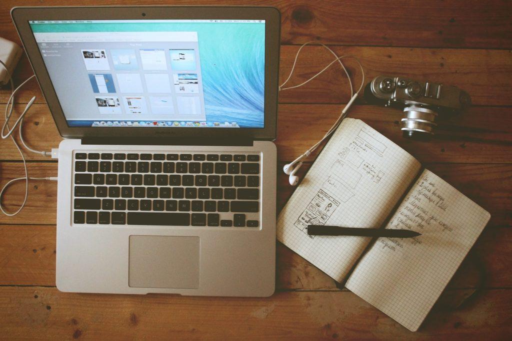 notatki ręcznie czy na komputerze